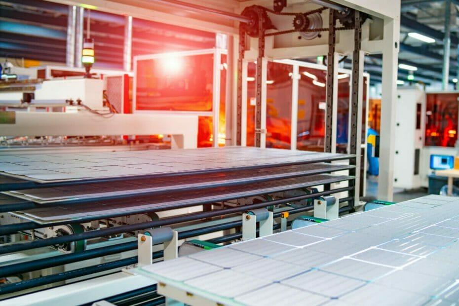 fabryka paneli solarnych